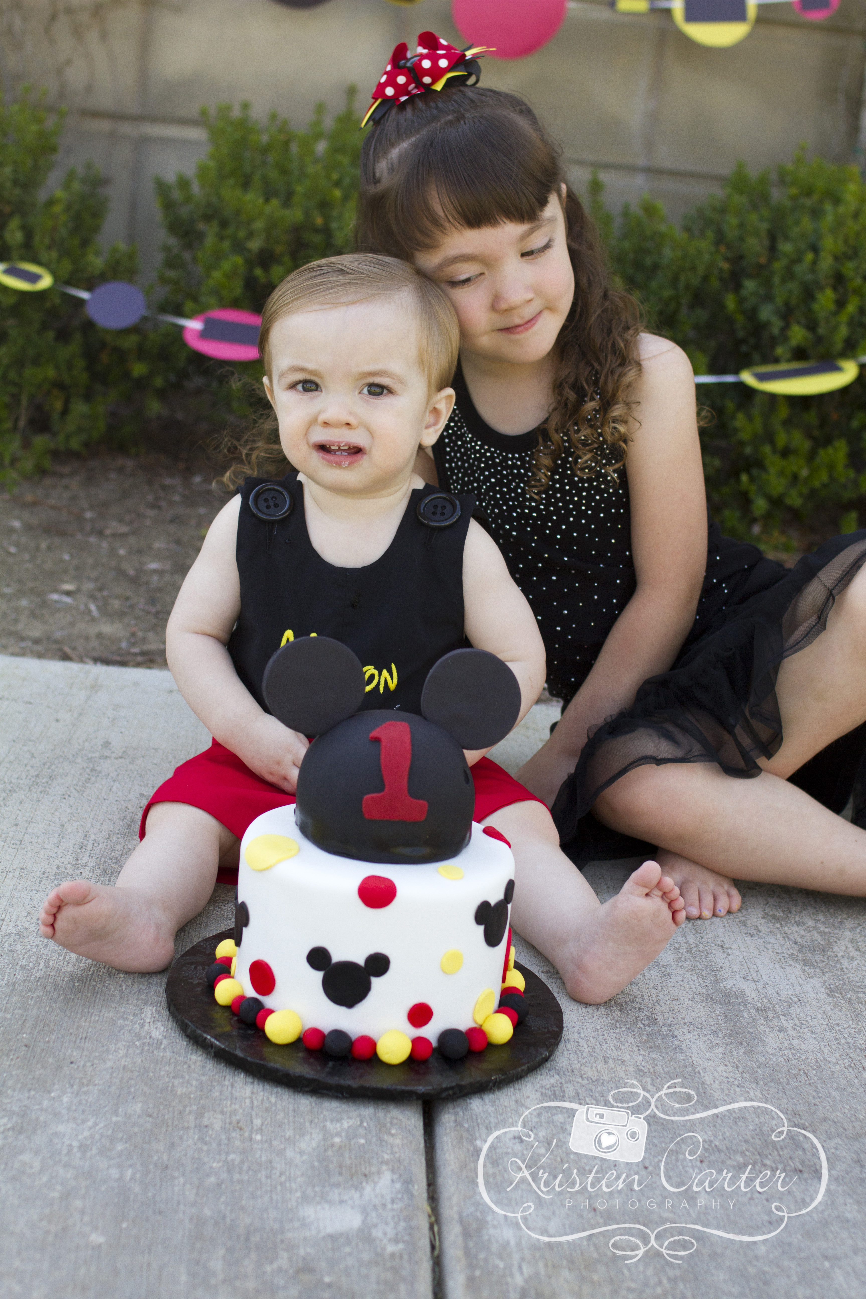 Mickey Mouse Cake Smash Kristen Carter Photography Scottsdale AZ First Birthday.jpg