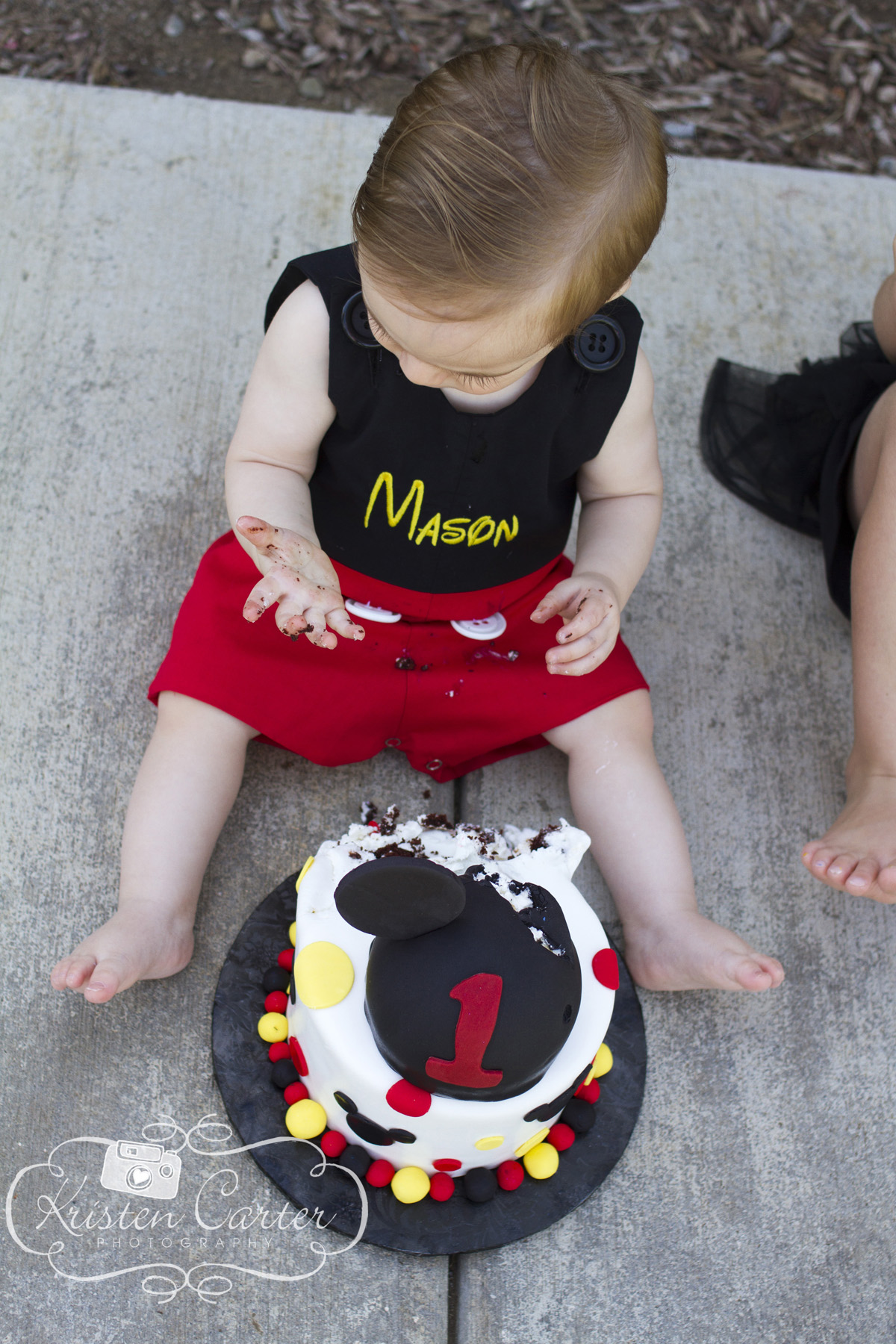 Mickey Mouse Cake Smash Kristen Carter Photography 3.jpg